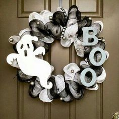 Boo wreath  https://www.facebook.com/inspiredbyAngelinaRose/