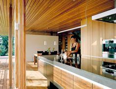 Klar strukturierte Küche