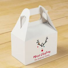 Modern funny abstract Christmas reindeer on white Favor Box. Nordic and Scandi style Christmas. Christmas Favors, Christmas Gift Wrapping, Christmas Themes, Elegant Wedding Favors, Wedding Favor Boxes, Wedding Gifts, Modern Christmas, Christmas Holidays, Merry Christmas