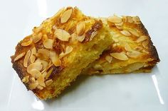 For those who go gaga over nutmeg, this Syrian Nutmeg Cake will do the trick. The Syrian Nutmeg Cake is packed with the richness of nutmeg and seasonings. Just check out the recipe of the rich tasting Syrian Nutmeg Cake. Pear And Almond Cake, Almond Nut, Almond Cakes, Pear Cake, Nutmeg Cake Recipe, Sweet Recipes, Cake Recipes, Semolina Cake, Turkish Recipes