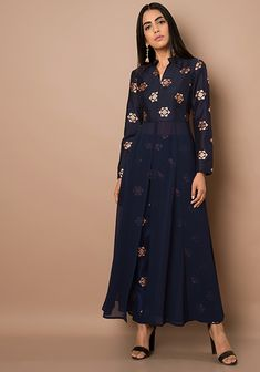 Navy High Slit Foil Print Maxi Tunic #Navy #Fashion #Indya #Traditional #Clothing #Trending #Summer #GoingOut #InstaLove #MaxiTunic #FoilPrint