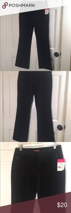 "Catch My I black dress pants size 9 juniors NWT Catch My i  Black dress pants NWT Size 9 juniors 16"" across waist 19"" across hips 32"" inseam Smoke free/pet free home Catch My i Pants Boot Cut & Flare"