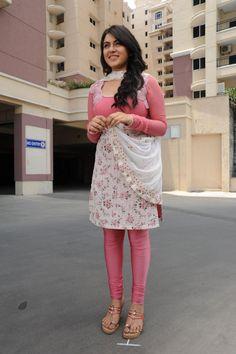 Hansika Motwani - www.ciniface.com