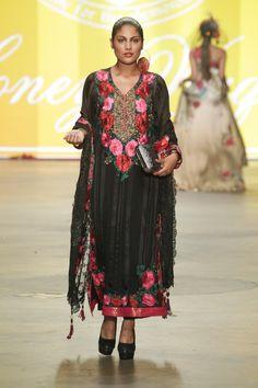 Honey Waqar for Vibrant Pakistan Segment @ Amsterdam Fashion Week 2013 Pakistan Fashion Week, Amsterdam Fashion, Pakistani Designers, Random Stuff, Kimono Top, Honey, Bohemian, Vibrant, Blog