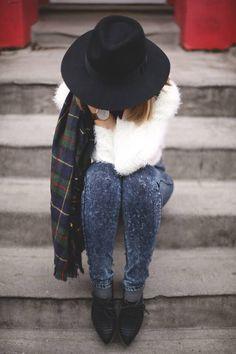black hat, fuzy white sweater, plaid shirt and denim #fashion