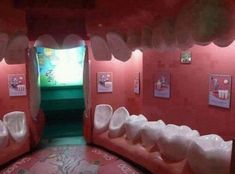 Funny Dentist's Waiting Room