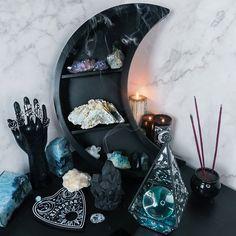 Wiccan Decor, Spiritual Decor, Crystal Room Decor, Zen, Goth Home Decor, Hippie Bedroom Decor, Hippie Bedrooms, Hippie Home Decor, Witch Room