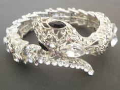 brazalete metálico con cristales - jewelry
