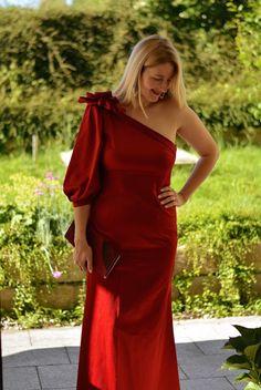 DIY Abendkleid one shoulder rot