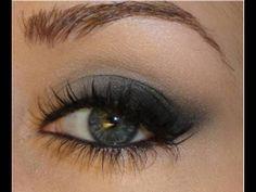 smokey eye | Taylor Swift Makeup: Soft Smokey Cat-Eye