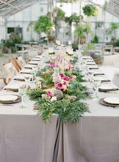 Secret garden wedding theme
