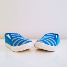 Groovy canvas shoes Pool Slides, Little Boys, Slip On, Sandals, Sneakers, Clothes, Collection, Shoes, Fashion