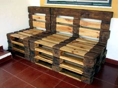 Beefy Dual Wood Tone Pallet 3 Seater - 300+ Pallet Ideas and Easy Pallet Projects You Can Try