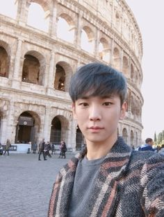 """52/70 Key's Naver Blog """"Europe Over Flowers""""/Rome and Paris Trip Part 1/Author,Photos,Video by KiBum//Translation by @thatcoolcatmeow on Twitter (DO NOT RE-TRANSLATE INTO ANOTHER LANGUAGE)"""