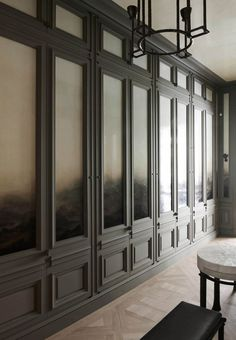 The Difference Between Modern Interiors And Traditional Interior Home Design Traditional Interior, Classic Interior, Best Interior, Modern Interior Design, Interior And Exterior, Masculine Interior, Architecture Restaurant, Interior Architecture, Luxury Home Decor