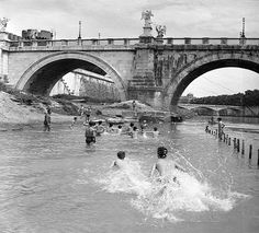 Roma Sparita - Ponte Sant'Angelo1953 Lost City, Old Photos, Rome, Madrid, Louvre, Statue, History, World, Places