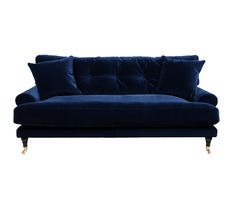 Sammetssoffa Blanca från MELIMELI melimelihome.se är en rymlig och bekväm soffa med hel sittdyna för extra komfort i vår finaste italienska sammet.
