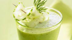 Erfrischend und lecker: Buttermilch mit Gurke | http://eatsmarter.de/rezepte/buttermilch-mit-gurke