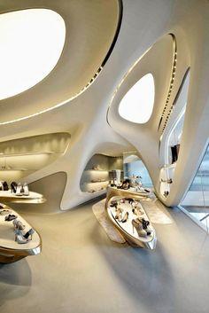 Zaha Hadid a terminé une boutique à Hong Kong, pour le concepteur américain de chaussures Stuart Weitzman.