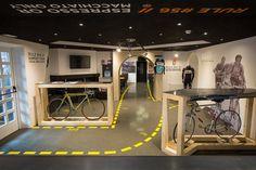 Stelvio Experience Bicycle Cafe, Bormio, 2015 - Enrico Bellotti