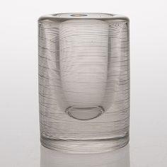 TAPIO WIRKKALA - Art glass vase '3121' (h. 14 cm) for Iittala 1958, Finland.