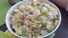 Lauch-Käse-Salat mit Trauben und Walnüssen, ein sehr schönes Rezept aus der Kategorie Snacks und kleine Gerichte. Bewertungen: 4. Durchschnitt: Ø 4,2.