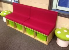 Library seating with combined storage boxes Corner Bench Seating, Cafe Seating, Booth Seating, Office Seating, Lounge Seating, School Library Design, Library Ideas, School Libraries, Cool Kids Rooms