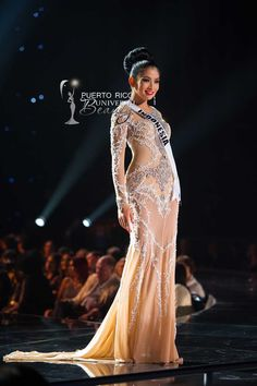 MISS UNIVERSE 2015 :: PRELIMINARY EVENING GOWN COMPETITION | Anindya Kusuma Putri, Miss Universe Indonesia 2015, competes on stage in her evening gown during The 2015 MISS UNIVERSE® Preliminary Show at Planet Hollywood Resort & Casino Wednesday, December 16, 2015. #MissUniverse2015 #MissUniverso2015 #MissIndonesia #AnindyaKusumaPutri #PreliminaryCompetition #EveningGown #LasVegas #Nevada