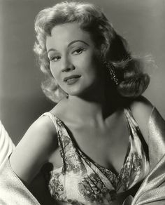 Official Blog of Author & Columnist Michael Thomas Barry: Virginia Mayo and Jean Parker