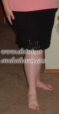 Basic Black Plus-Size Skirt