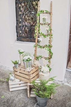 How To Use Wooden Crates Wedding Ideas At Rustic Weddings ❤ See more: www. How To Use Wooden Crates Wedding Ideas At Rustic Weddings ❤ See more: www. Wooden Crates Wedding, Wedding Colors, Wedding Flowers, Green Wedding, Wedding Dresses, Deco Floral, Floral Design, Diy Garden Decor, Wedding Trends