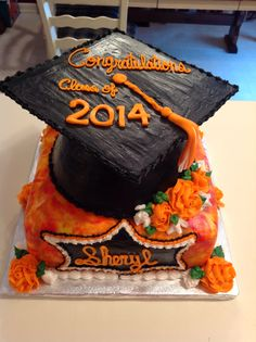 Graduation Cake with UT colors