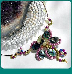 Collier ABALONE/PAUA SHELL,florale filigrané en pearls : Collier par…