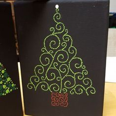 Made with the Mandala Dotting Tools available @ www.diymandalastones.com #xmastree #diymandalastones #dotsonly Christmas tree, dots, dotillism, pointilism
