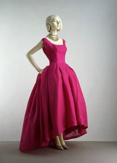 because i do think its redic for a mom to ware white for her wedding... Jacques Heim, 1959