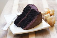 ~ Gluten-free Chocolate Quinoa Cake ~ I followed the recipe exactly, but made cupcakes instead of cakes. This is my new chocolate cake/cupcake recipe. Yum!