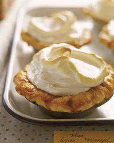 Mini Lemon Meringue Pies - 7 Easy to Make Mini Desserts Your Guests Will Love . Lemon Recipes, Pie Recipes, Dessert Recipes, Yummy Recipes, Mini Desserts, Just Desserts, Individual Desserts, Holiday Desserts, Plated Desserts