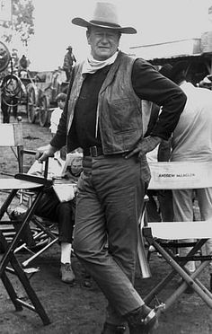The Duke. What a great photo of John Wayne. What a big man.