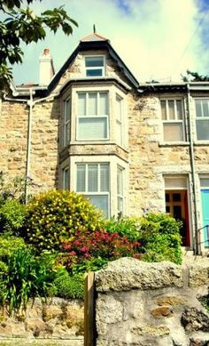 No 8 Windsor Terrace, Ayr, St Ives, Cornwall. Bed and Breakfast Holiday Accommodation in England. Treat Yourself – Luxury – Travel – UK