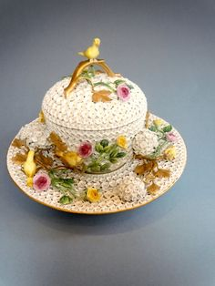 Meissen porcelain Snowball Tureen, cover and stand