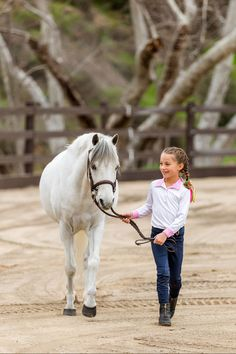 Flex Fence® is a low-maintenance horse fencing system that gives you the time to spend with your loved ones! #ramm #flexfence #rammprojects #horses #farm #safety #equine #horsefence #lifestyle #timetoride