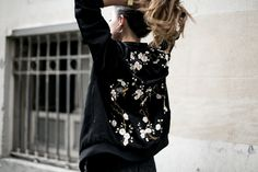 Showcase Spring Summer Trends, Girl Power, Dresses With Sleeves, Street Style, Long Sleeve, Fashion, Spring Summer 2016, Moda, Sleeve Dresses