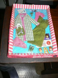RARE 1964 Original Barbie #1643 Poodle Parade Fashion Complete in Box NRFB just sold $ 349.99
