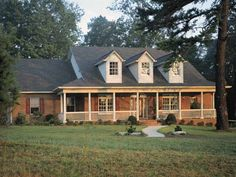 Eplans Farmhouse House Plan - Timeless Front Porch - 3072 Square Feet and 4 Bedrooms from Eplans - House Plan Code HWEPL08928