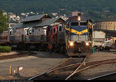RailPictures.Net Photo: DL 2423 Delaware Lackawanna Alco C425 at Scranton, Pennsylvania by Lester Zmudzinski