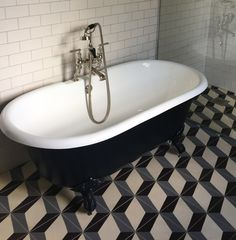Our Nadia Aubergine Grey Encaustic Cement Tile , utilised beautifully here in our clients bathroom , giving it an amazing geometric finish #tiles #encaustictiles #cementtiles #beautifultiles #geometrictiles