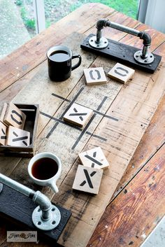 Tic Tac Toe tray game and coasters - Funky Junk Interiors - - Learn how to make a reclaimed wood Tic Tac Toe tray game and coasters for Valentine's Day or everyday, with a Tic Tac Toe stencil from Old Sign Stencils! Funky Junk Interiors, Scrap Wood Projects, Beginner Wood Projects, Scrap Wood Crafts, Outdoor Wood Projects, Small Wood Projects, Frame Crafts, Pallet Projects, Art Projects