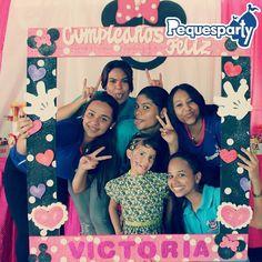 #Celebrando #Divirtiendo y #Alegrando el cumple de nuestra amiguita Victoria.  Somos PequesParty La Fábrica de Sonrisas  #party #mcbo #cool #happy #pool #vzla #fiesta #diversion #sonrisas #love #Chill #cumple