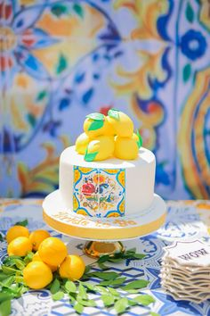 Dolce & Gabbana Inspired Bridal Shower is So Bright and Zesty! 30th Birthday Cake For Women, Frozen Birthday Cake, Frozen Cake, Italian Bridal Showers, Bride And Breakfast, Lemon Party, Italian Party, Carnival Birthday Parties, Birthday Bash