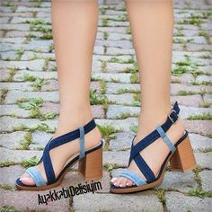 Ediyas Jeans Thick Heels Shoes – Ebruu💜 – Join the world of pin Jeans Heels, Shoes With Jeans, Shoes Heels, Pretty Shoes, Cute Shoes, Me Too Shoes, Only Shoes, Unique Shoes, Thick Heels